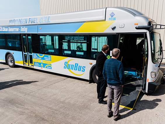 New Flyer hydrogen fuel cell bus