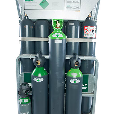 Photo of cylinders and cylinder packs
